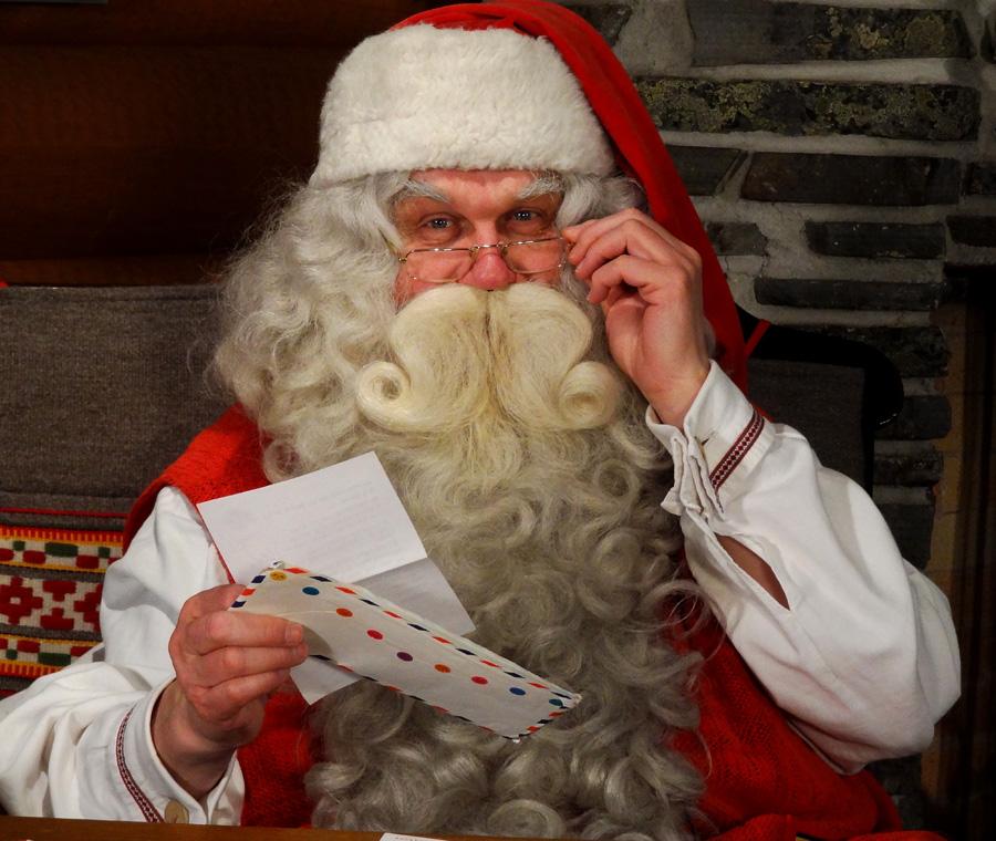 Rovaniemi Lapponia Babbo Natale.Babbo Natale Viene Da Rovaniemi In Lapponia Hotelli